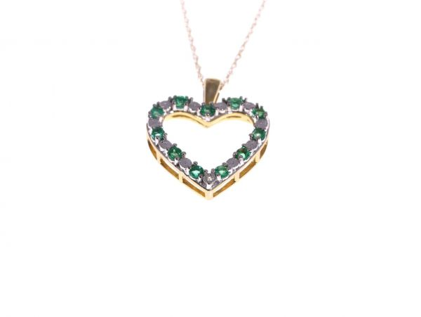 Emerald diamond heart pendant chain in 10kt gold lloyd gems aloadofball Images